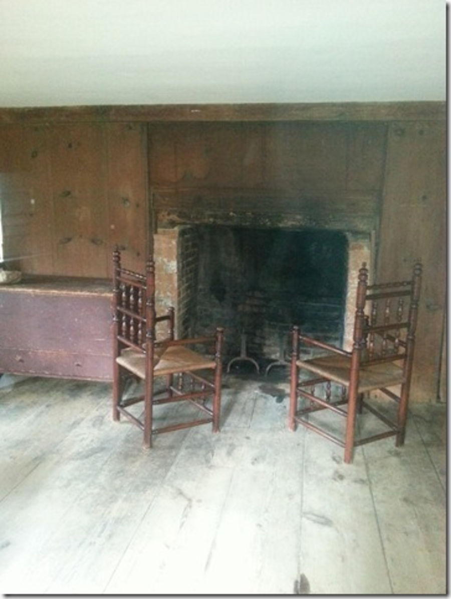 Parlor Chamber (The Main Upstairs Bedroom) 2